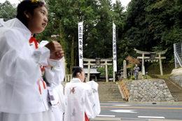 阿良須神社表参道