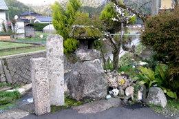 一里塚(左端)