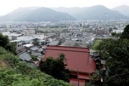 善福寺(赤い屋根)から京田